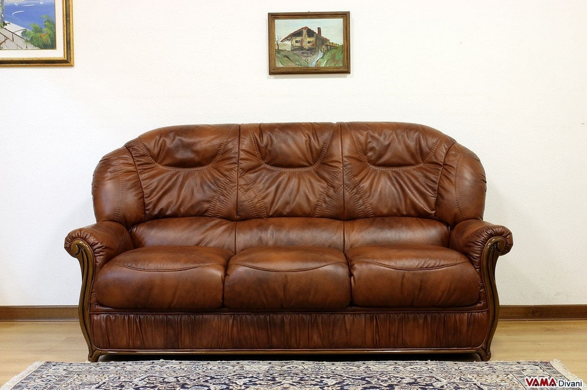 Susanna sofa, Leather and wood sofa, with enveloping and high back