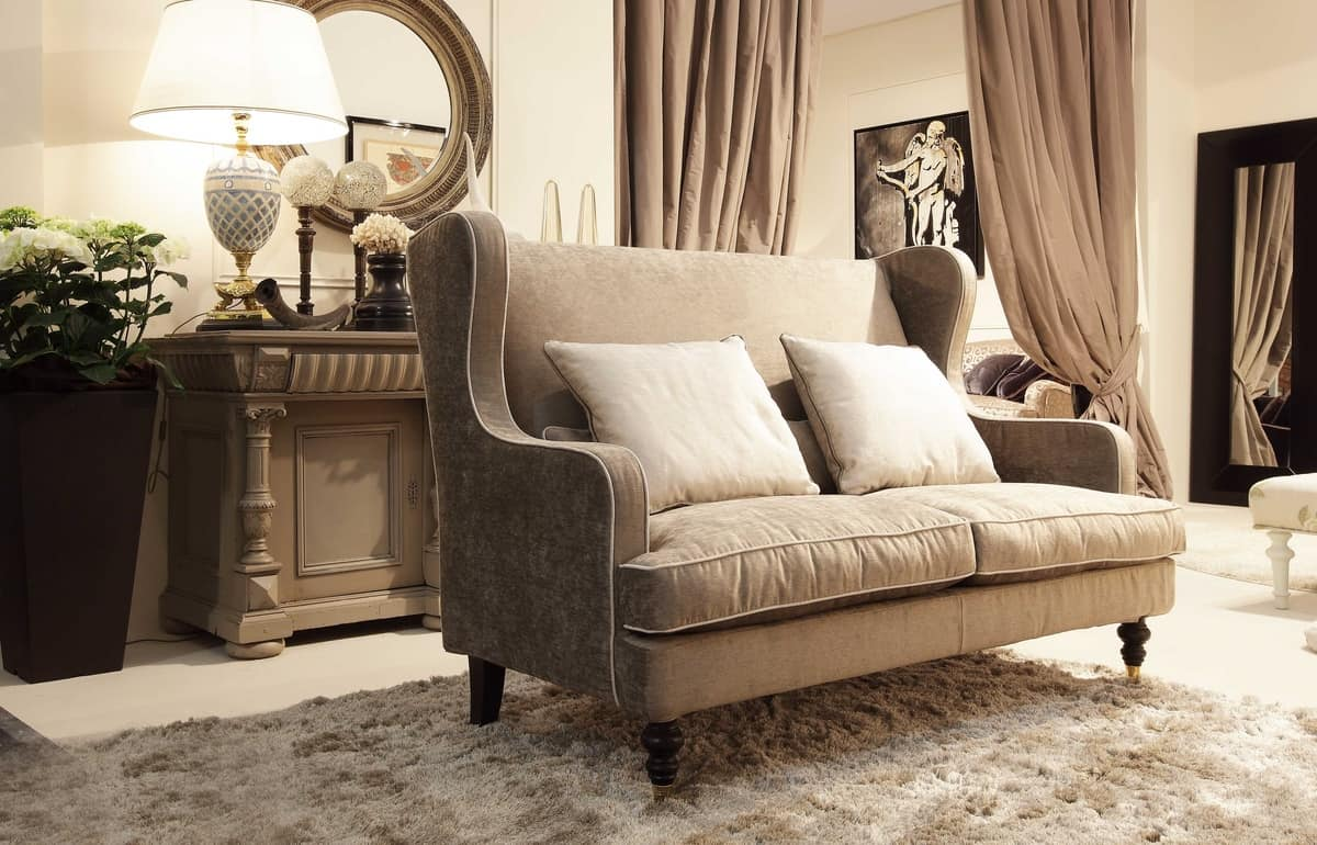 Venere sofa, Small sofa for classical rooms, available with ruffles