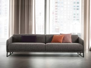 Asolo, Comfortable sofa with mechanism for pulling out the seat
