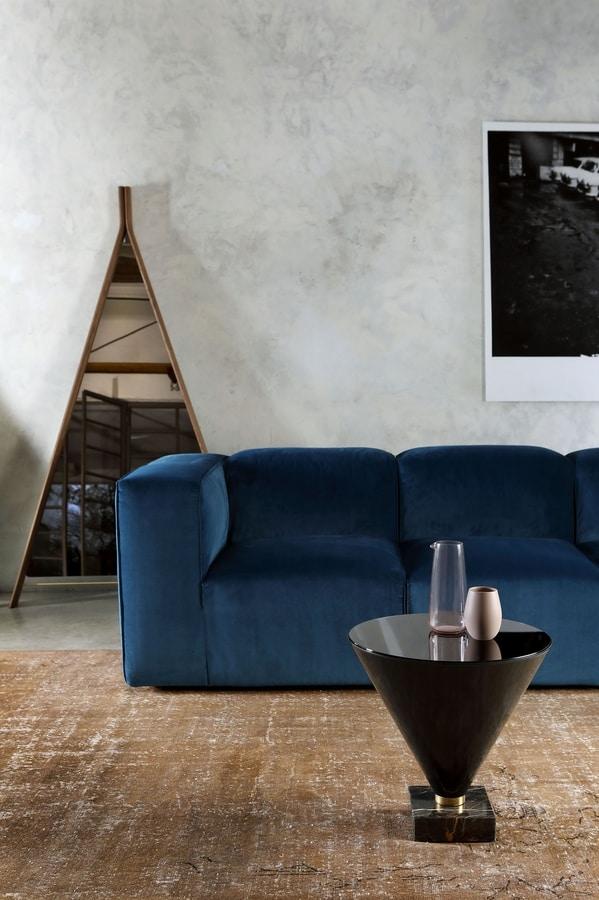ASTORIA, Sofa with a modern design
