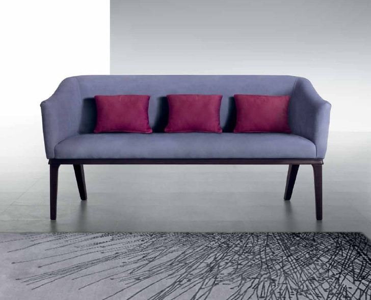 DI53 Club sofa, Sofa with smooth covering