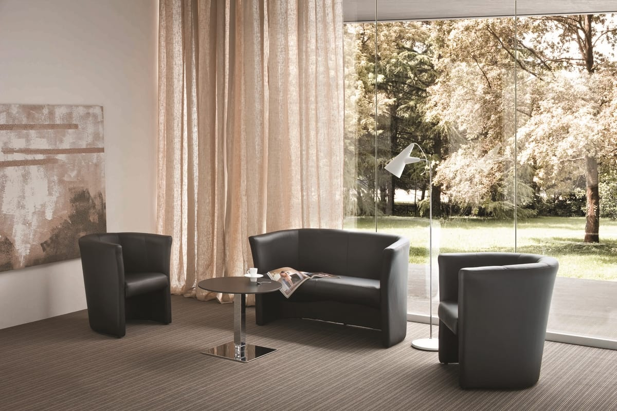 Duca 2, Padded leather armchair