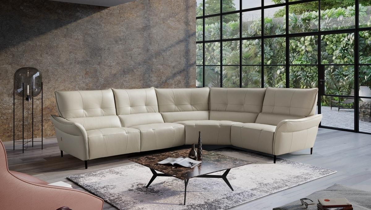 Leonardo, Versatile and dynamic sofa