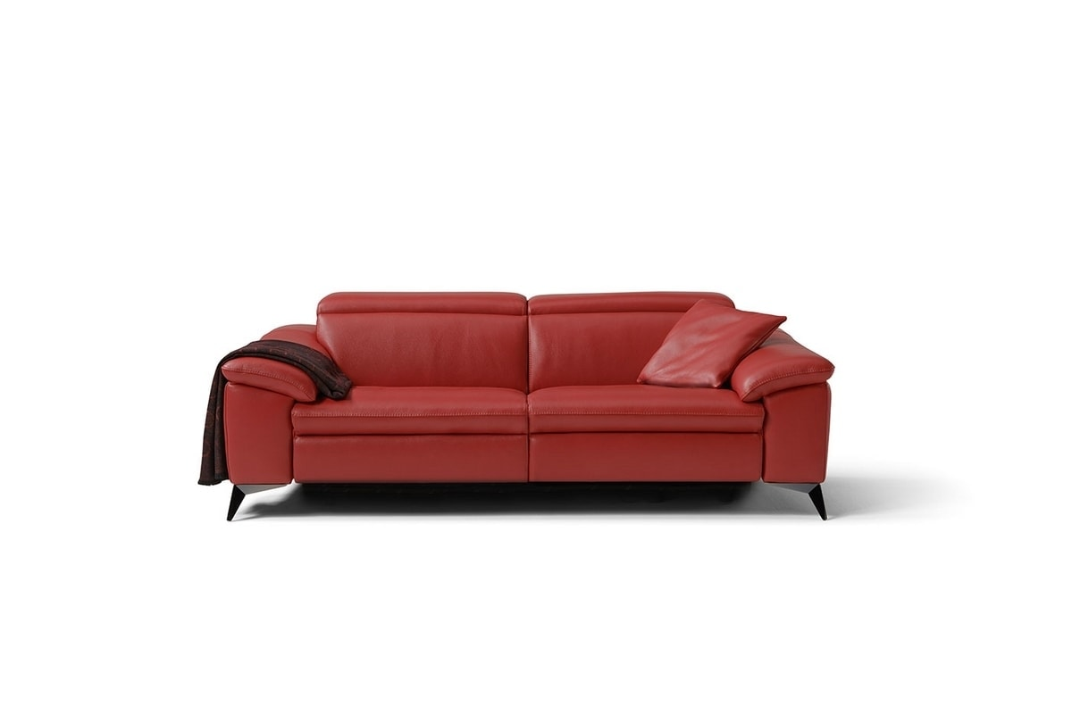 Martine, Minimal and elegant sofa