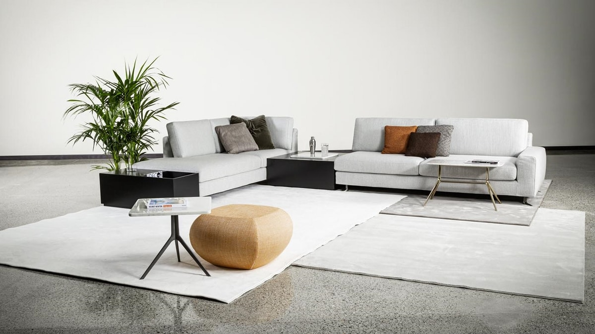 Sam, Sofa customizable  in sizes and upholsteries
