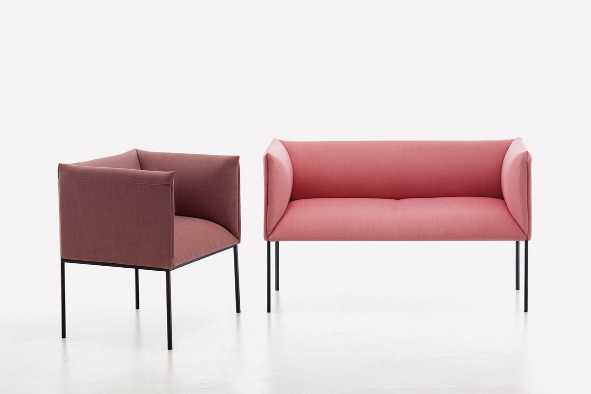 Sharp SO, Small sofa, padded, with steel structure, for contract use