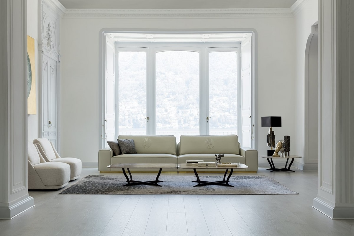Stewart, Sofa upholstered in leather