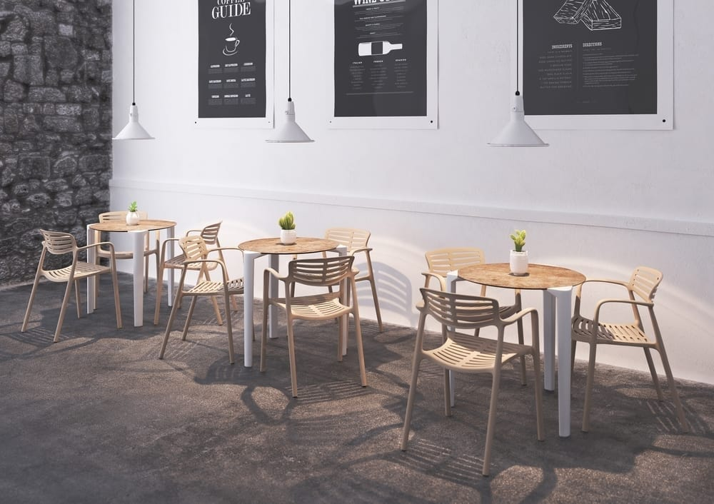 Close, Stackable round table for restaurants