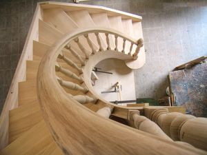 Art. E04, Spiral staircase in wood