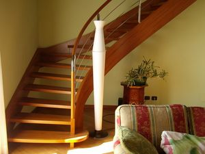 Art. G17, Open staircase in wood