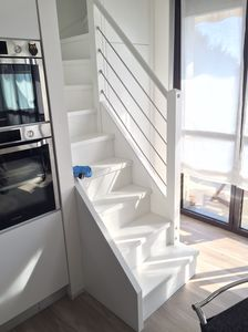 Art. G18, White lacquered staircase
