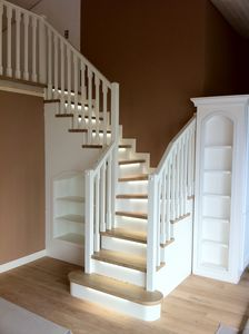 Art. G19, Open staircase with led light