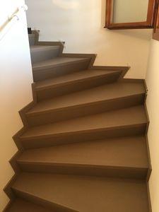 Art. R06, Steps covering