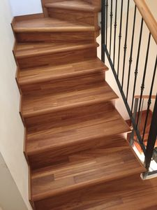 Art. R09, Doussi� wood steps covering