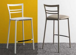 Step-SG, Metal stool with a simple design