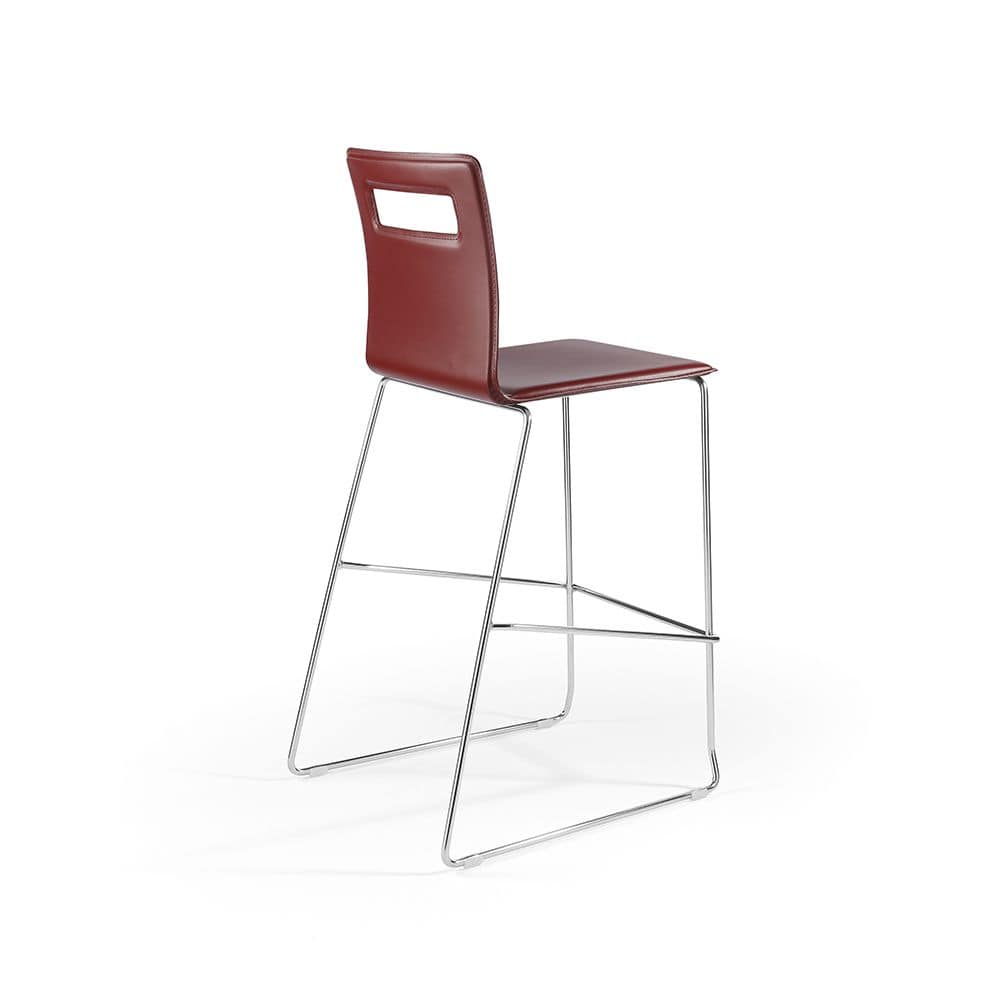 Nuvola SG, Metal stool with leather covering