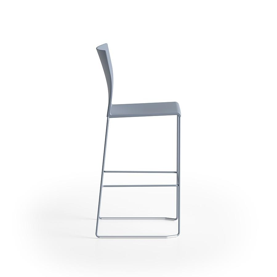 Artesia stool 75, Stackable stool with sled base