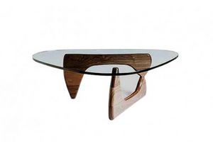 628, Coffee table with elegant wooden base