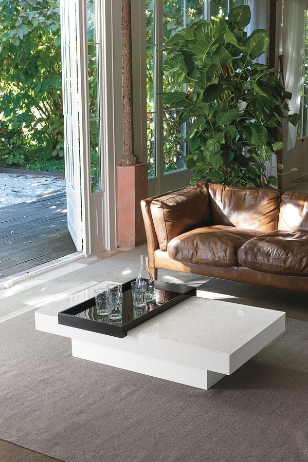 TOM TL500, Glossy lacquered coffee table with tray