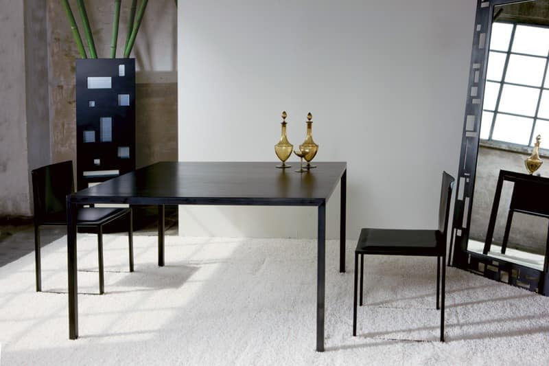 Ernesto Natural, Metal table, with a minimal design, customized to the millimeter