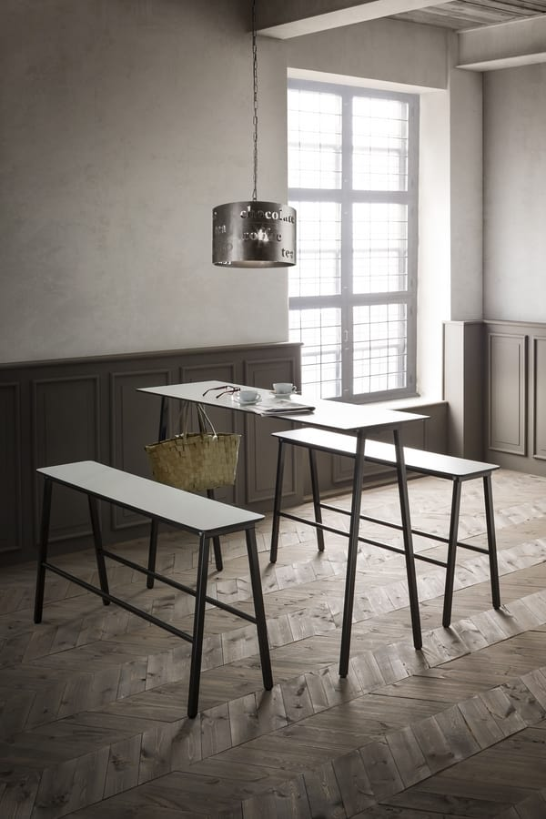Format, Table with metal frame, laminate top