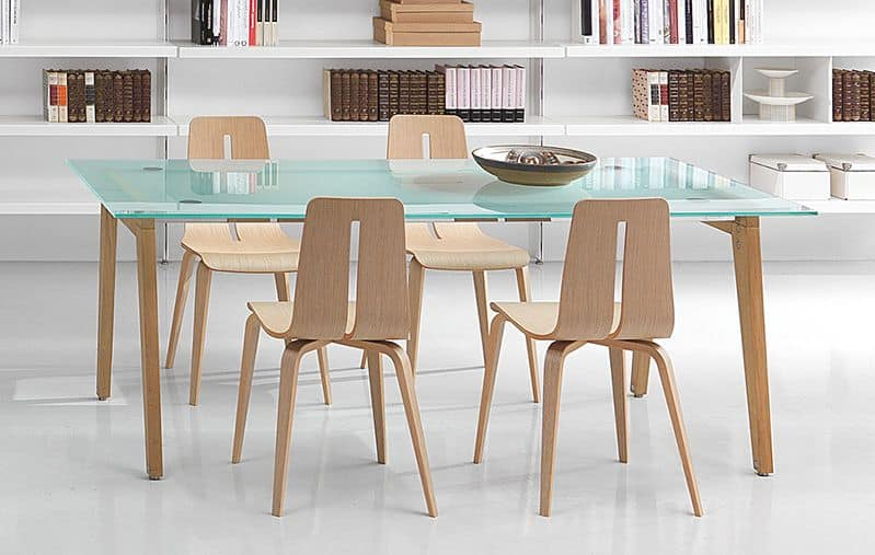 Beppe, Rectangular table with wooden legs and glass top