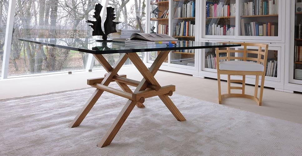 Leonardo 5709/F, Table with interlocking legs