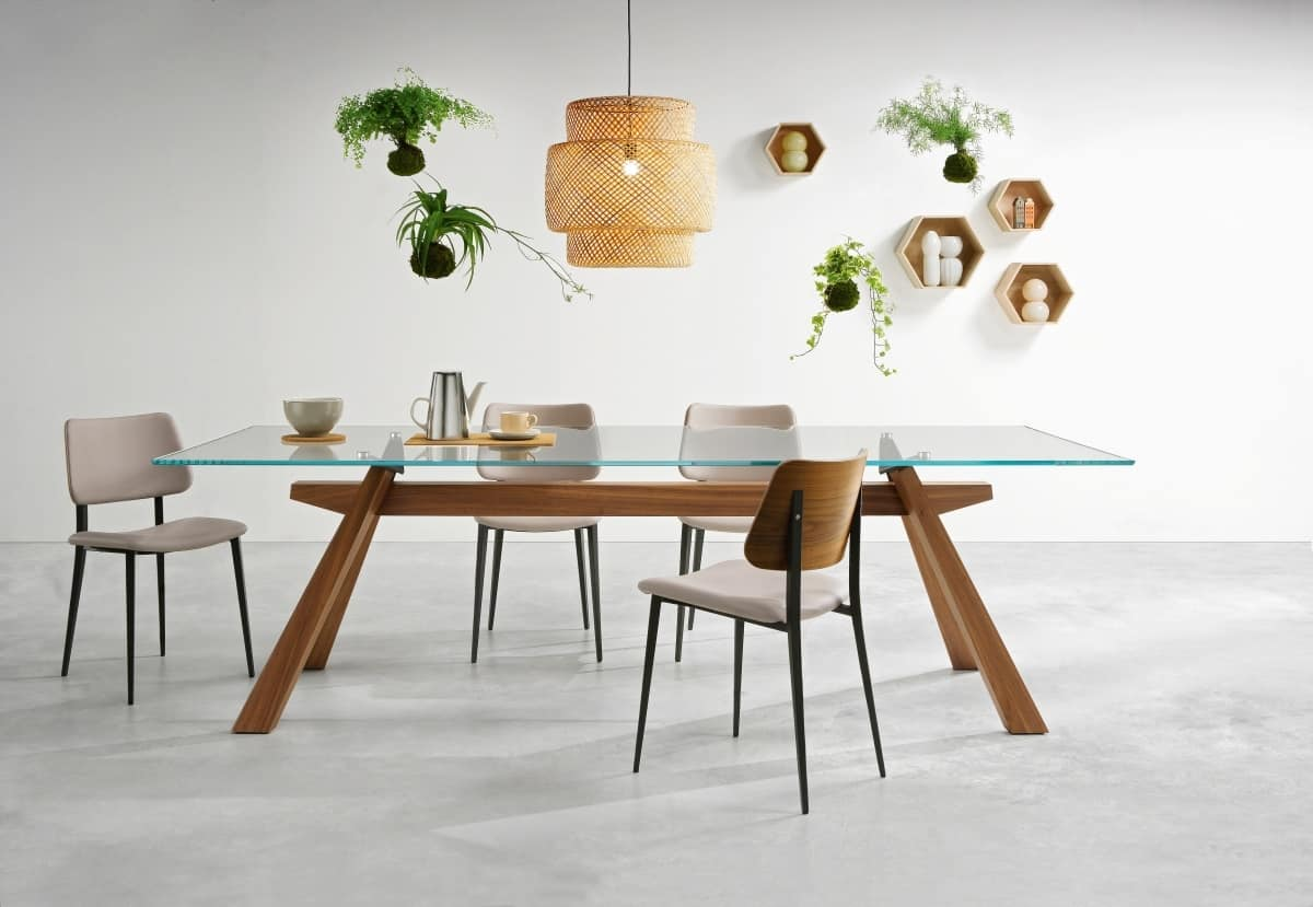 In Legno Wood Design dining table with wooden structure and top made of glass