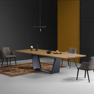 Antiqua, Dining table with solid wood top
