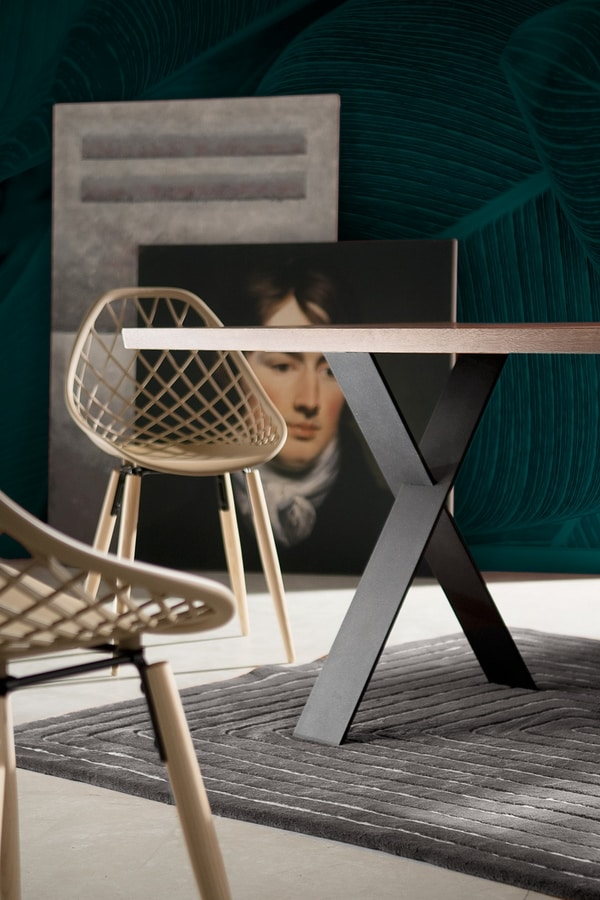 Flip, Table with X-shaped legs