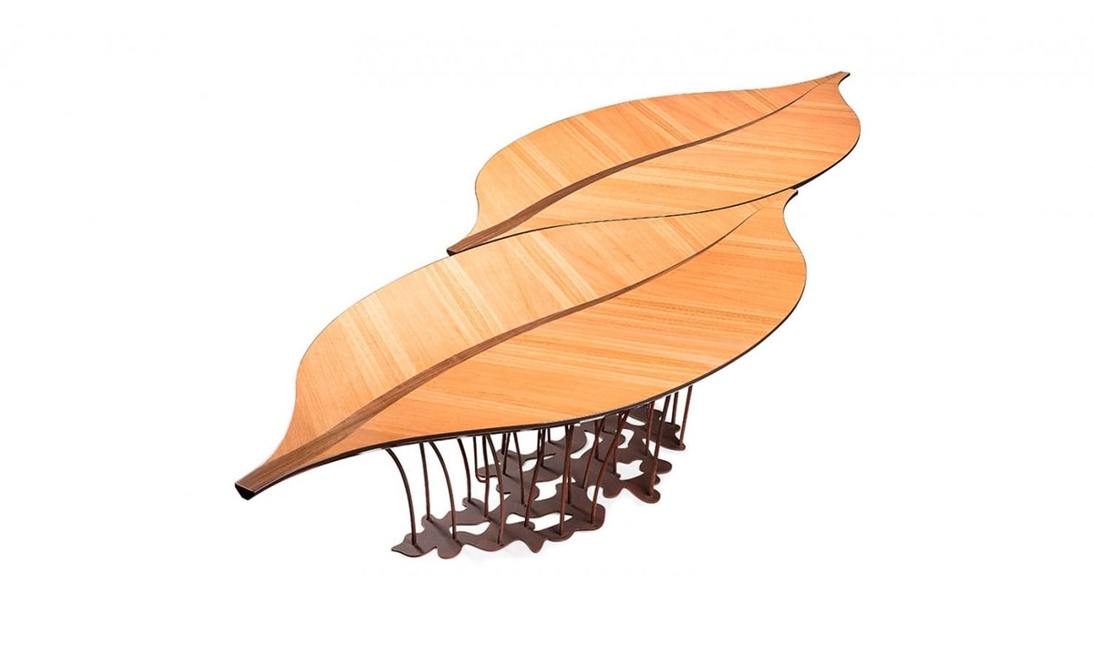Leaf Fenice, Table with leaf-shaped top