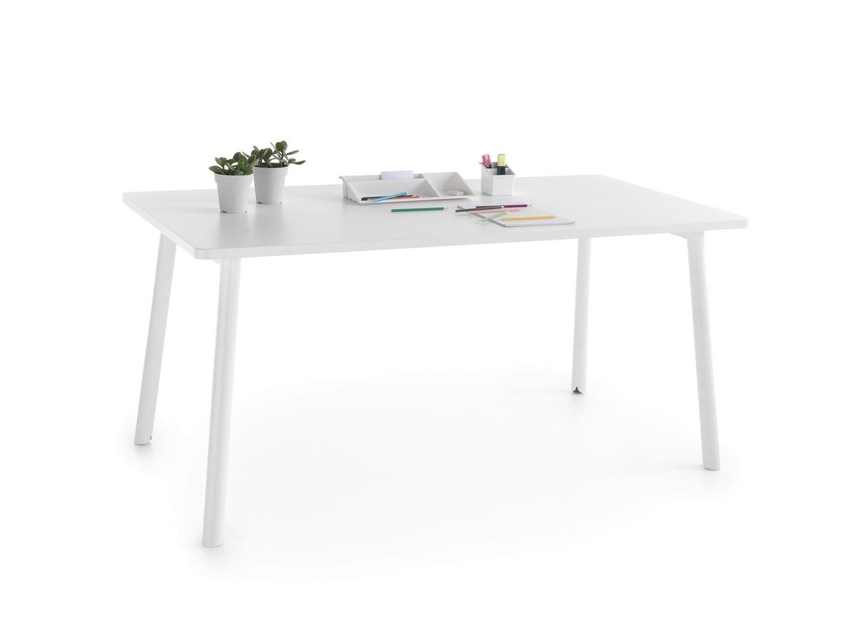 Newton, Table with melamine top