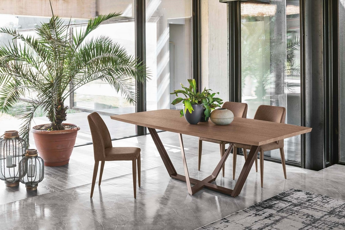 PRIAMO 230 TP162, Table with elegant and clean lines