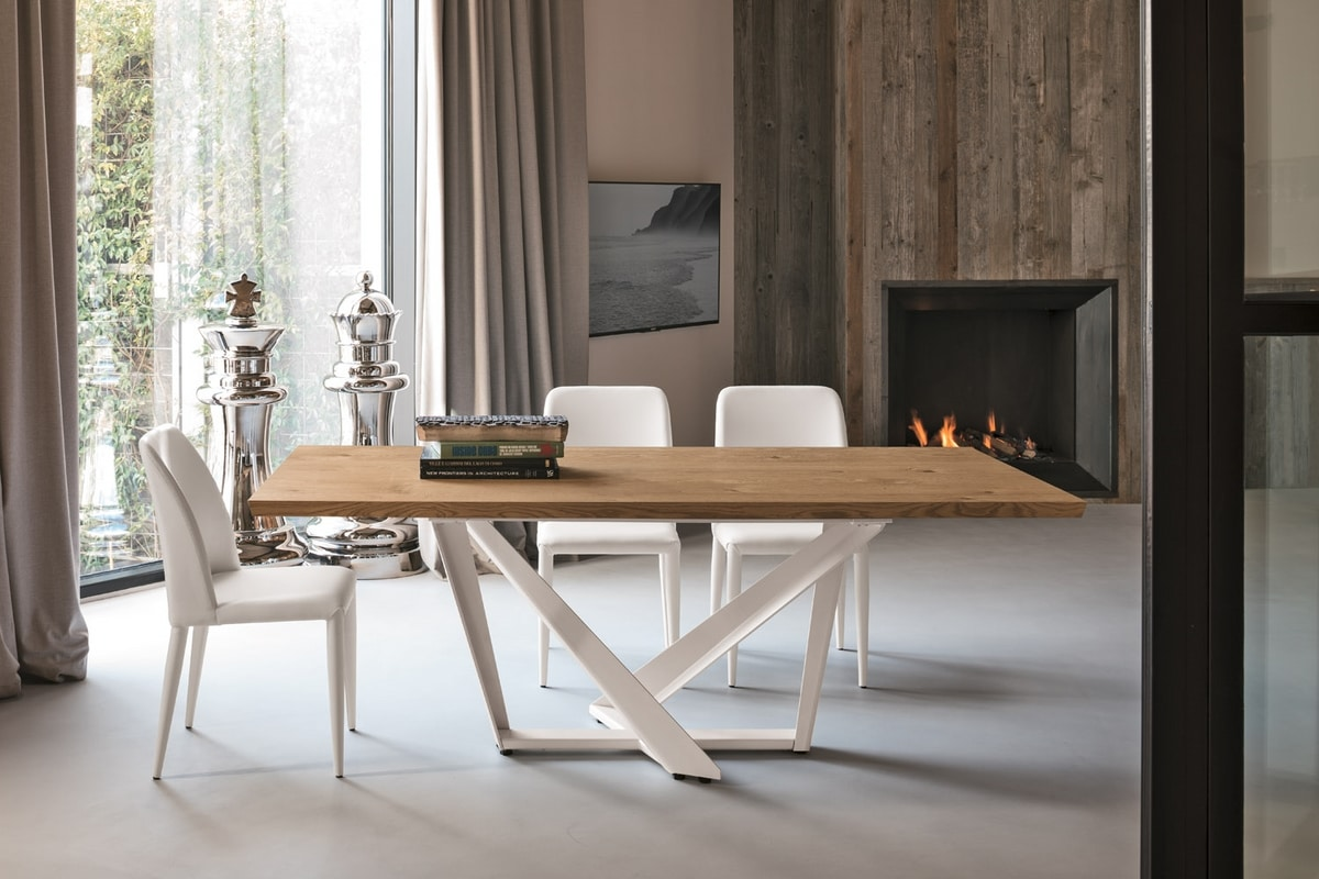 PRIAMO TP157, Table with elegant decorative base