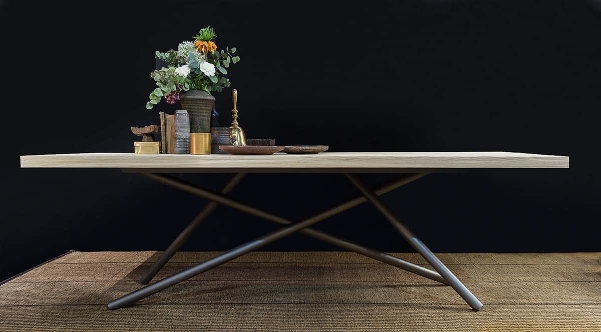SHANGHAI, Dining table with wooden top, tubular legs