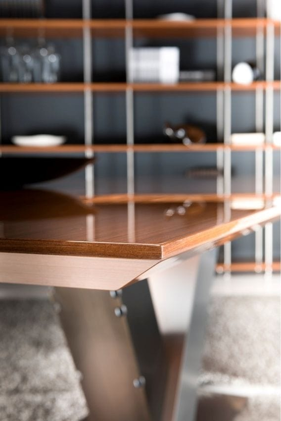 Totò, Dining table with steel base and wooden top