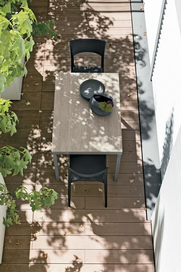 TUCANO 115 TP153, Fixed table in metal and laminate
