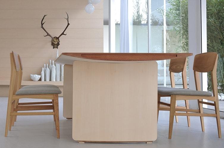 Aero 5794/A, Table with fine veneer
