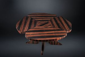 Andy Ebony, Ebony wood table