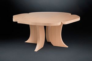 Andy, Oak wood table