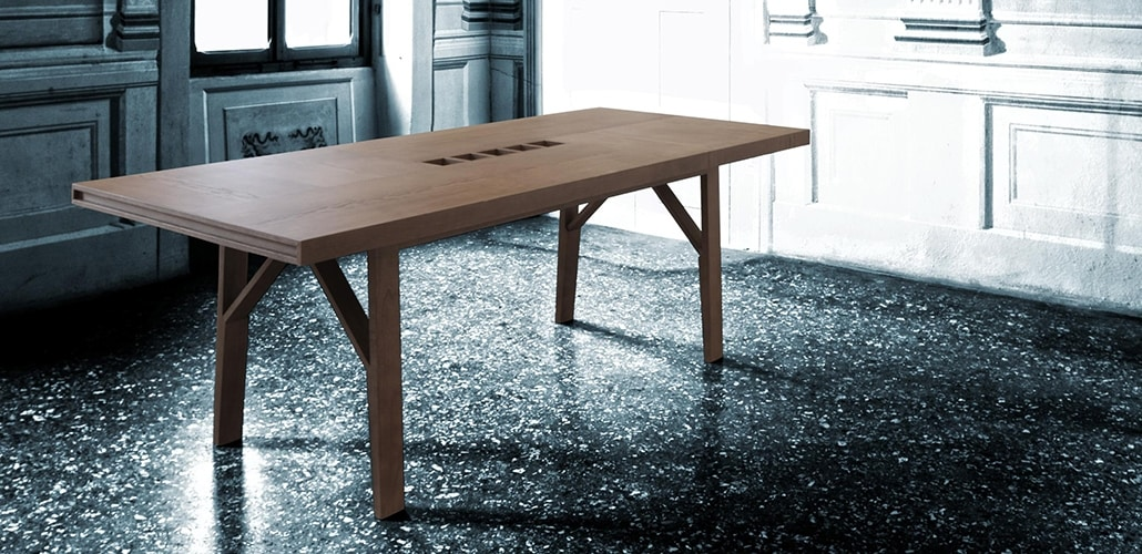 Campo 5720/F, Wooden table with fork legs