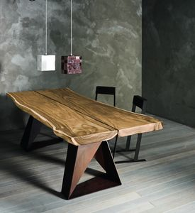 Dasar, Solid oak or suar table