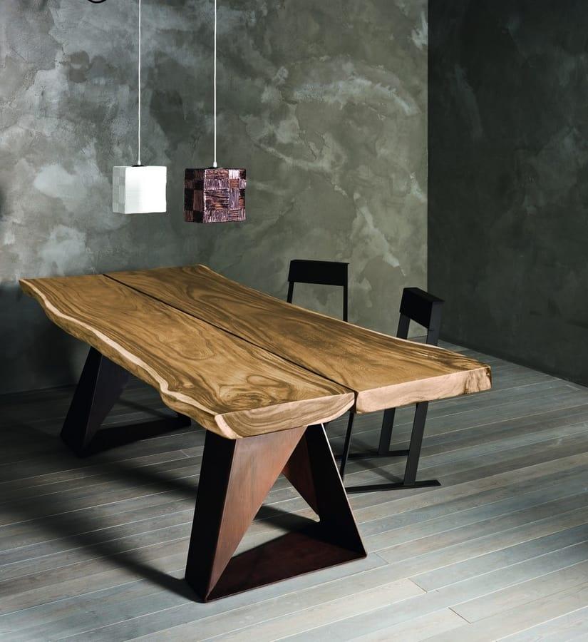 Dasar, Solid oak or suar table