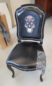 Art. 66, Chair in printed and decorated leather