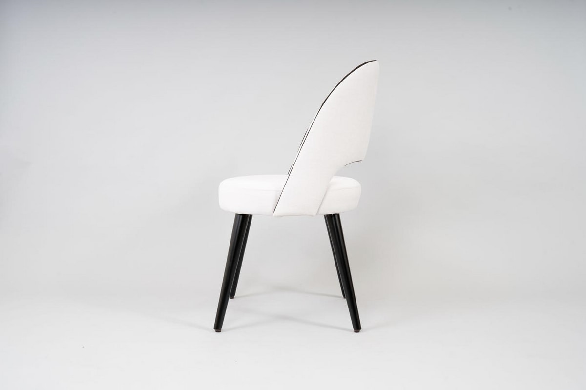 BS523A - Chair, Upholstered chair with round seat