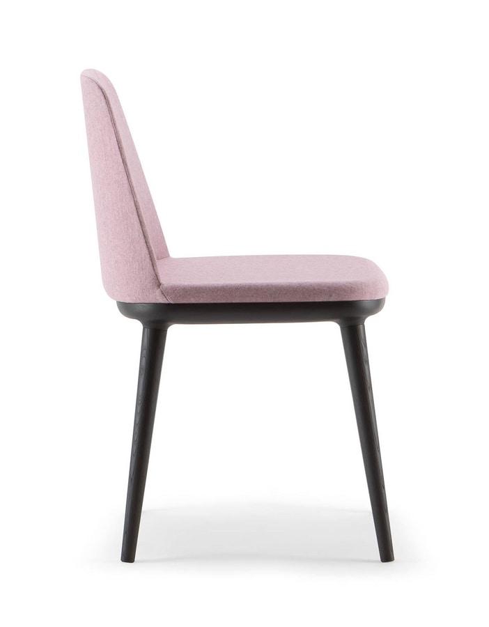 CLOÈ CHAIR 025 S, Padded wooden chair