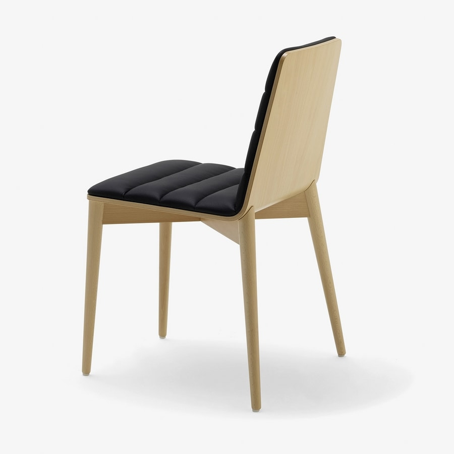Greta, Modern chair in wood, upholstered