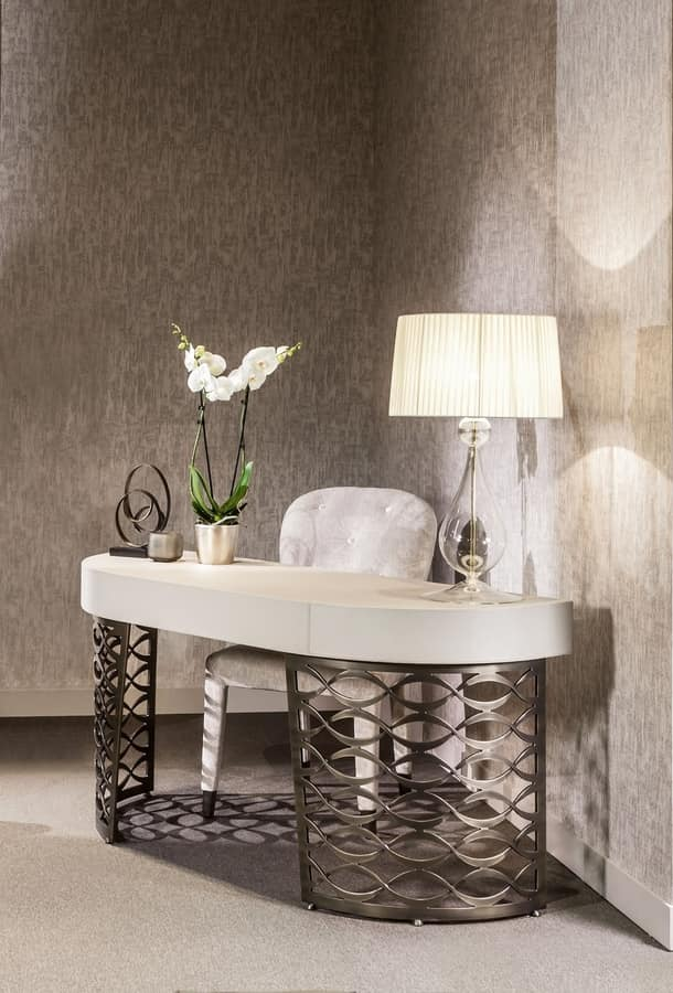 Liz, Padded chair for dining room