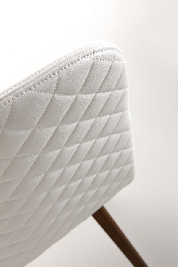 Lucia, Chair with quilted seatback cover
