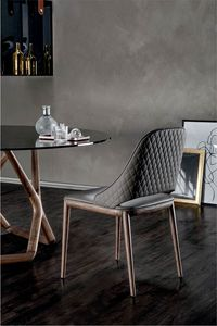 MALVA �LITE, Chair with wooden frame and diamond pattern on the back